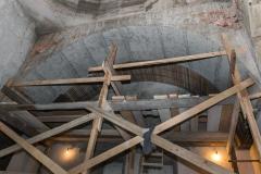 Constructia bisericii in imagini (interior)