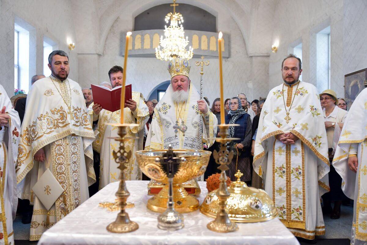 PS Varlaam Ploieşteanul a binecuvântat lucrările efectuate la Biserica Brâncoveanu – Berceni